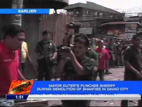 DUTERTE PUNCHES COURT SHERIFF AMID DEMOLITION  | BahVideo.com