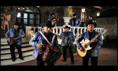 Borracho Y Loco | BahVideo.com