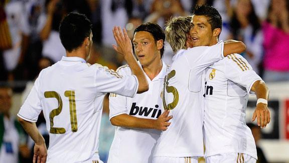 Real Madrid Down Galaxy 4-1 | BahVideo.com