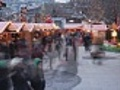 Christmas Market with many people - timelapse | BahVideo.com