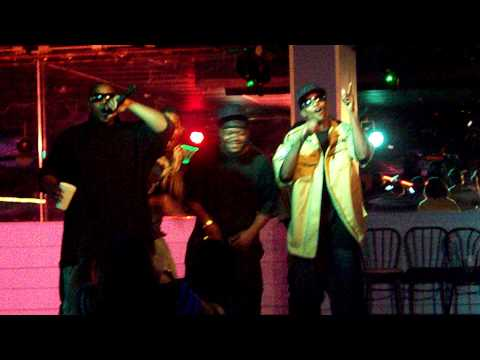 3ripleR live at MAKOS 7 25 09 performing thug  | BahVideo.com