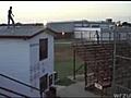 Skok z dachu - NIEUDANY  | BahVideo.com