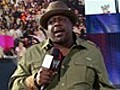 Cedric the Entertainer Performs | BahVideo.com