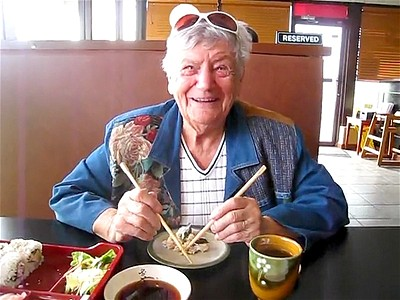 Grandma Tries Chopsticks | BahVideo.com