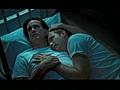 Jim Carrey cosies up to Ewan McGregor | BahVideo.com