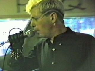 D I - Ballroom Blitz music video | BahVideo.com