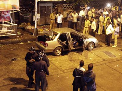 Terror attack kills 17 wounds scores in Mumbai | BahVideo.com