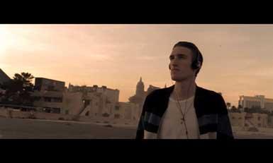 Bounce f Kelis | BahVideo.com
