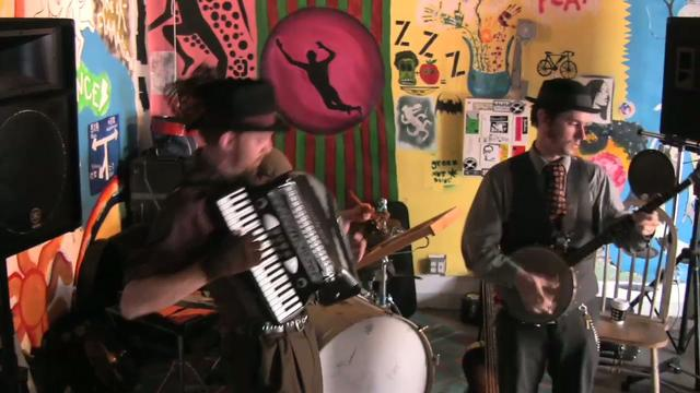 The Peculiar Pretzelmen  | BahVideo.com