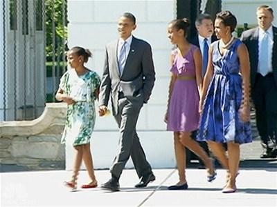 Despite looming deadline Obama enjoys summer day | BahVideo.com