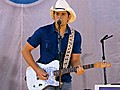 Brad Paisley Performs amp 039 Old  | BahVideo.com
