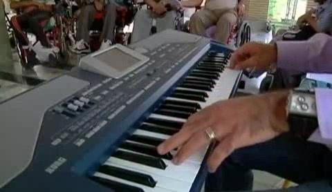 Music heals in Iran | BahVideo.com