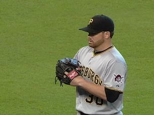 Resop on extra-inning win | BahVideo.com