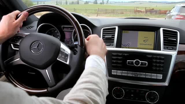 Autoblog Short Cuts 2012 Mercedes-Benz M-Class | BahVideo.com