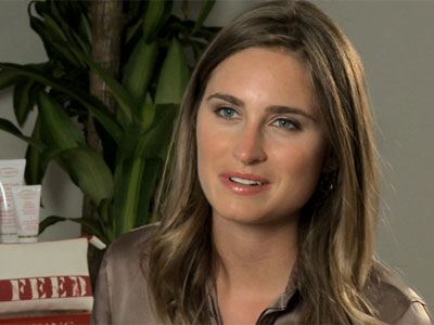 Lauren Bush teams up with Clarins for FEED 15 | BahVideo.com