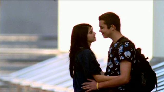 Kiss | BahVideo.com